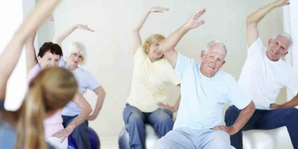 vežbanje stariji ljudi